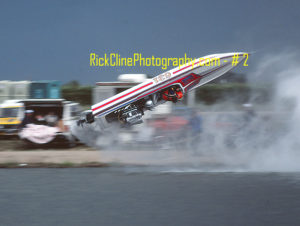 KellyAllred Apr 1983 22 300x226 - Drag Boat Photos