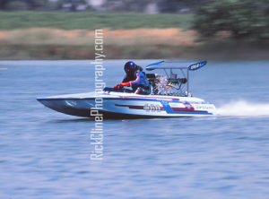 SpookyBFF ChowchillaHanks July1981 300x222 - Blown Fuel Flatbottoms - drag boat racing